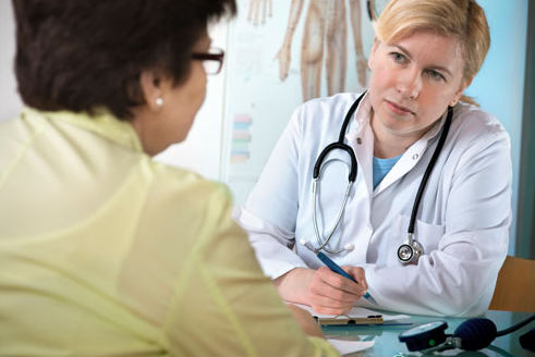 Khi bị mắc bệnh run tay chân thì bệnh nhân nên đi khám và điều trị tại các bệnh viên chuyên khoa thần kinh