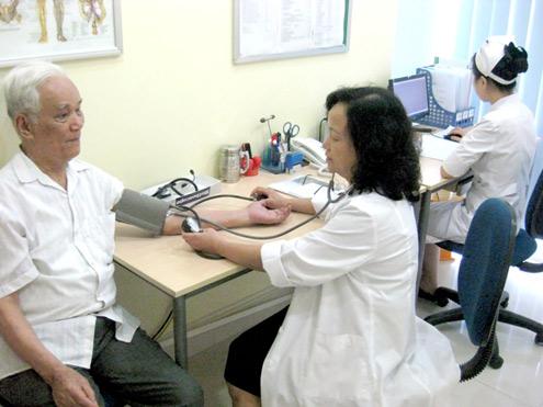 Bệnh cao huyết áp rất thường gặp ở người cao tuổi
