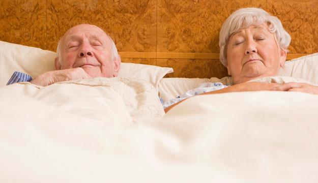 Duy trì nhiệt độ phòng ngủ thích hợp