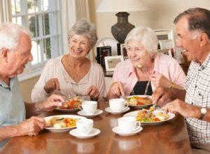 Dinh dưỡng cho người già là điều cần được quan tâm