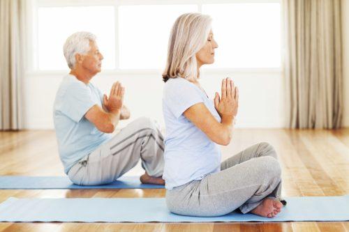 Khuyến khích người già tham gia các hoạt động th