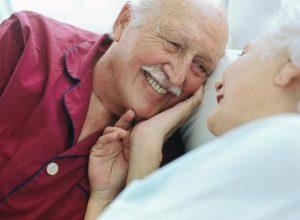 Tuổi già nhưng họ vẫn muốn được yêu