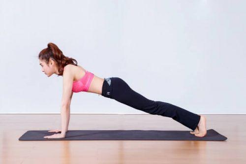 """Hướng dẫn bạn tập Plank đúng cách lấy lại """"vòng eo quyến rũ"""""""