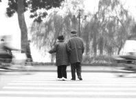 Có tình yêu nào trường tồn mãi như tình yêu ở tuổi xế chiều?