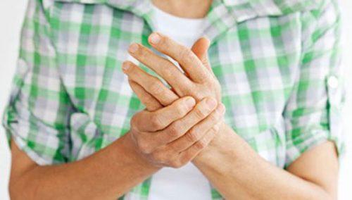 Bệnh viêm khớp dạng thấp có chữa khỏi được không?