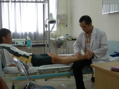 Thủ tục khám bệnh và phẫu thuật dây chằng chéo trước