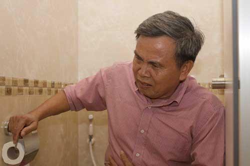 Cách điều trị bệnh táo bón ở người cao tuổi hiệu quả
