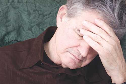 Cách phòng bệnh đau đầu ở người cao tuổi như thế nào?