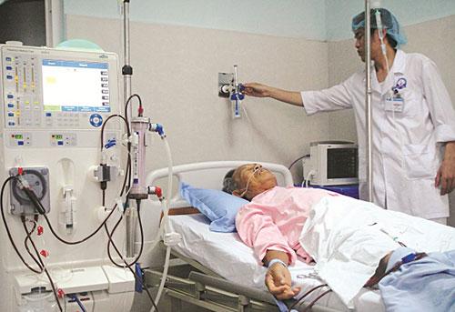 Cách chăm sóc người cao tuổi mắc bệnh thận hiệu quả