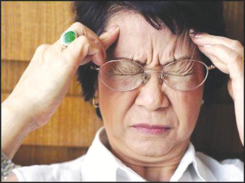 Nguyên nhân gây rối loạn tiền đình ở người cao tuổi