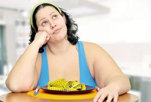 Vì sao người cao tuổi ăn ít vẫn mập?