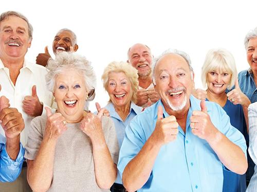 Suy thoái răng miệng người cao tuổi
