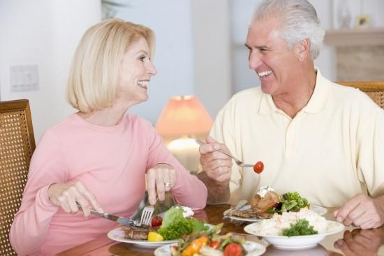 Dinh dưỡng cho người cao tuổi như thế nào là hợp lý?