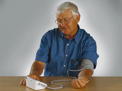 Triệu chứng bệnh cao huyết áp ở người cao tuổi