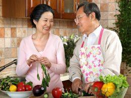 Thực đơn ăn uống nào người cao tuổi nên áp dụng?
