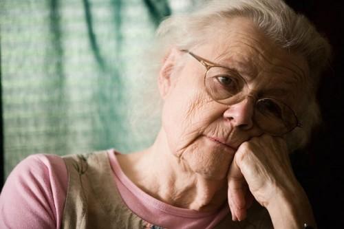 Cô đơn là đòn chí tử của người già