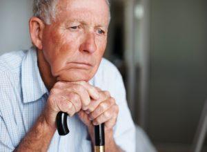 Đừng để tuổi xế chiều lay lắt giữa cô đơn