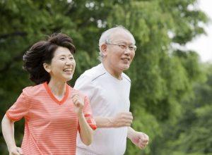 Người cao tuổi cần có chế độ chăm sóc và ngủ nghỉ hợp lý