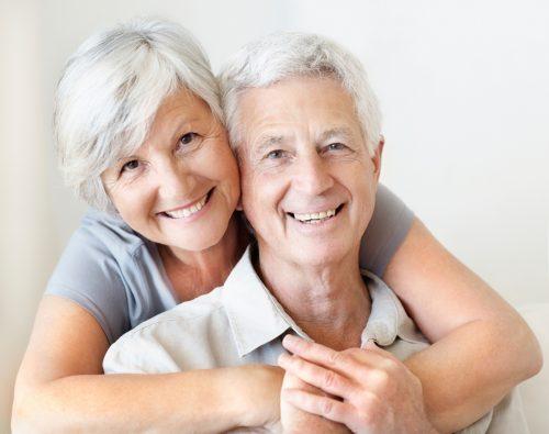 Việc người già bổ sung vitamin và khoáng chất là điều rất cần thiết
