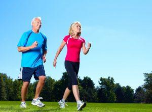 Người cao tuổi đi bộ thế nào để đạt hiệu quả cao?