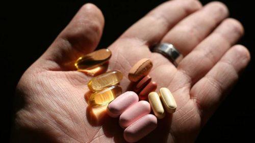 Người cao tuổi dùng thực phẩm chức năng có hại gì?
