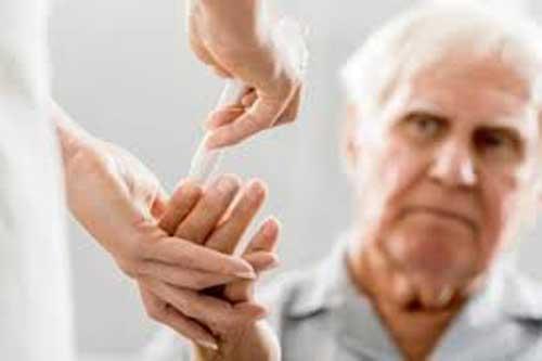 Tác hại của bệnh tiểu đường đối với người cao tuổi