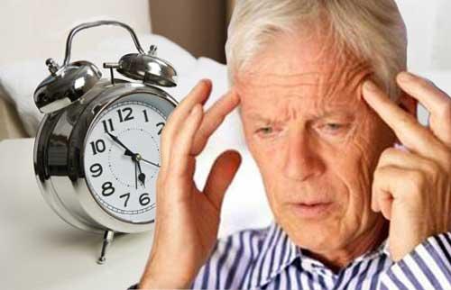 Cách chữa bệnh đau đầu ở người cao tuổi