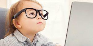 Cần chăm sóc đôi mắt bị cận thị như thế nào?