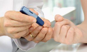 Bệnh tiểu đường ở người cao tuổi có chữa được không?