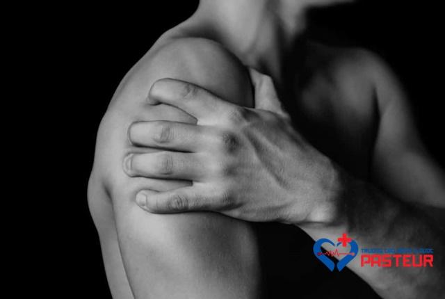 Bệnh viêm cơ biểu hiện như thế nào?