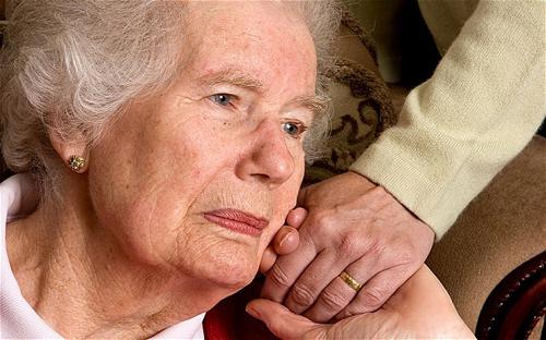 Cùng tìm hiểu thông tin Alzheimer là bệnh gì?