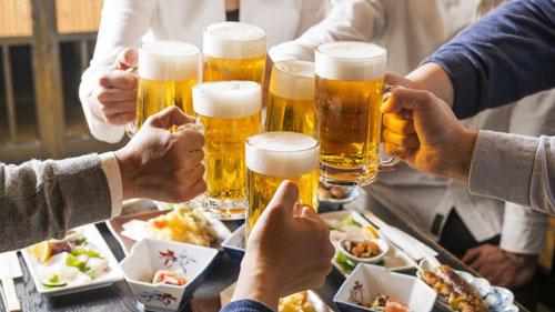 Hạn chế việc sử dụng rượu bia
