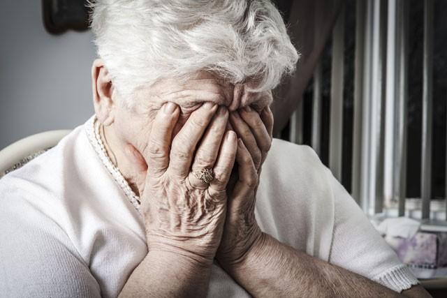 Bệnh hoang tưởng ở người già ảnh hưởng đến sức khỏe người bệnh
