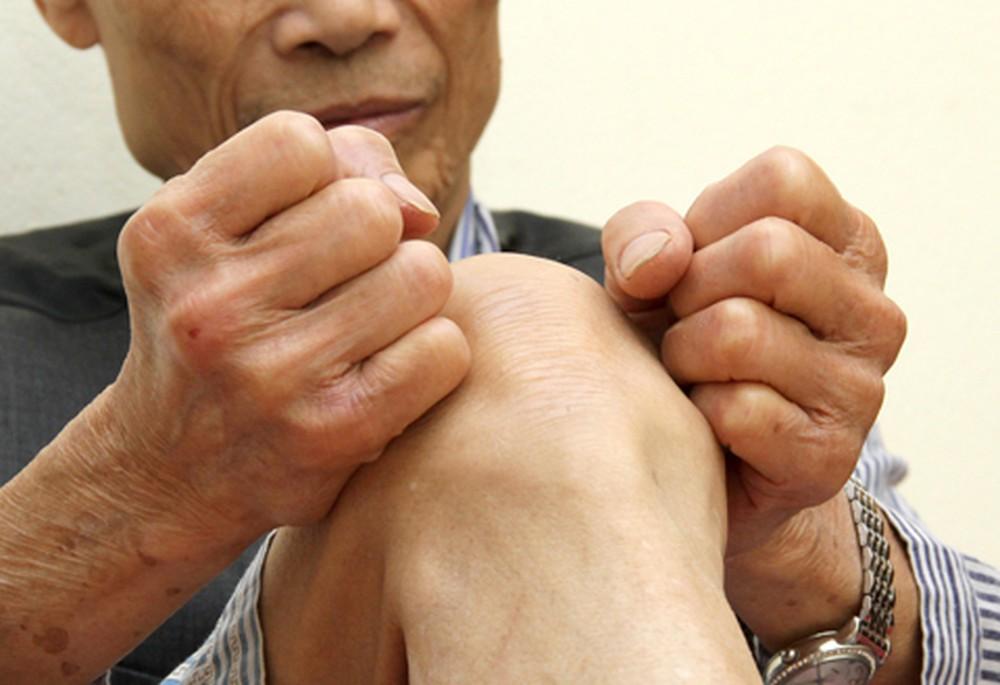Chứng gối sưng đau ở người cao tuổi