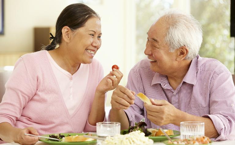 Bệnh trĩ, táo bón thường gặp ở người cao tuổi